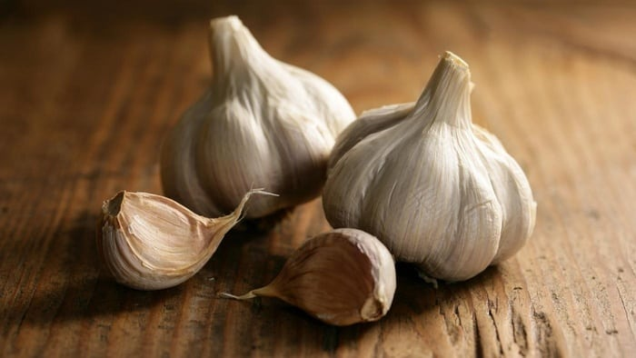 much garlic powder equals one clove garlic5c49a01627bd1a99 231759091